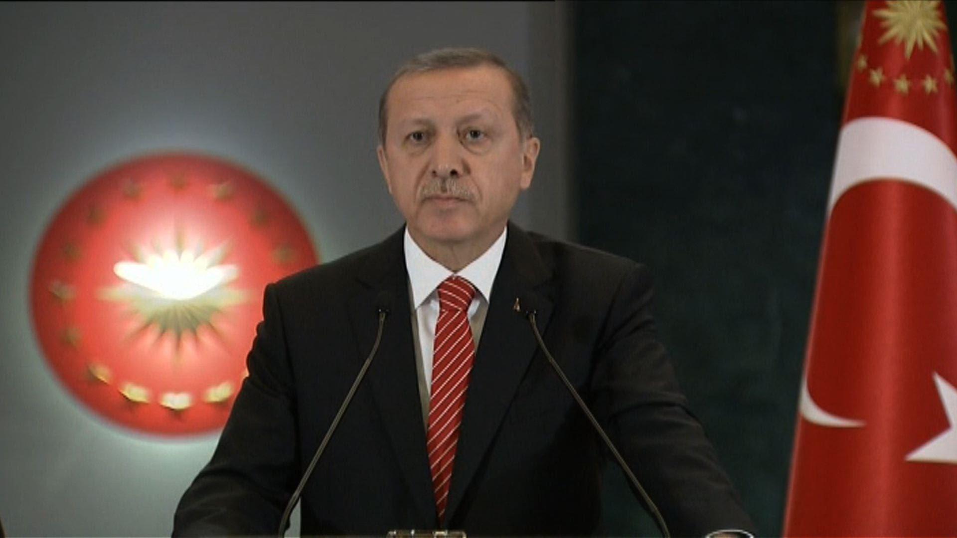 【滅茶苦茶】緊急事態宣言中のトルコ、エルドアン大統領がメディア131社に閉鎖を命令!