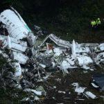 【シャペコエンセ】コロンビアの旅客機墜落事故に世界のサッカーファン・関係者が悲しみの声!71人死亡、生存者は6人