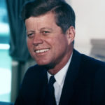 【世界が注目】米トランプ大統領がJ.F.ケネディ暗殺事件の捜査資料公開へ!CIAやFBIが長年隠し続けてきた機密情報!激しい抵抗や脅しが起こる恐れも