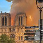 【驚き】パリ・ノートルダム大聖堂の火災、修復のための寄付が1千億円超え!世界の大富豪が競うように寄付表明!一般市民からは苦言の声も